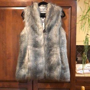 Banana republic faux fur vest grey wolf NWT small